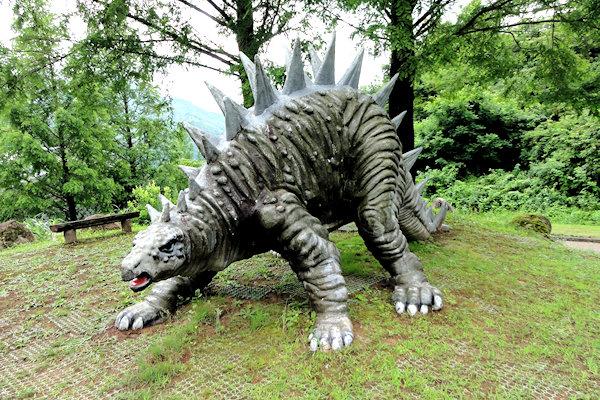 hakusan-dinosaur-2j
