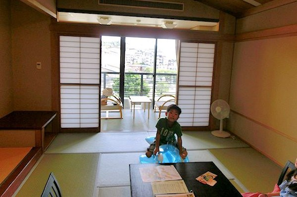 yamashiro-yunokuni-1f