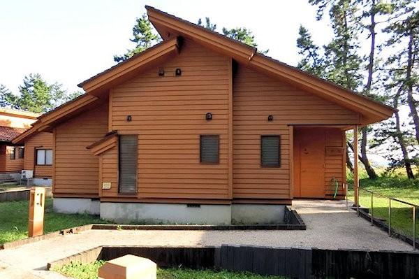 hatigasaki-cabin-1a