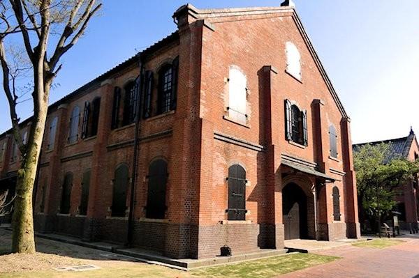 history-museum-1v