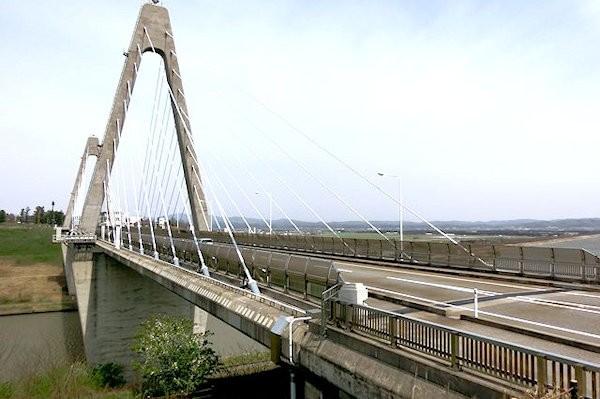 uchinada-sunset-bridge-2b