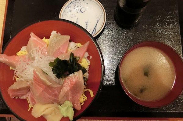uogasi-syokudou-h